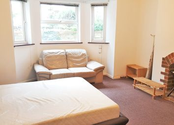 Thumbnail 1 bedroom flat for sale in Russell Street, Reading
