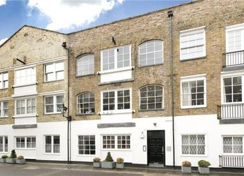 Thumbnail 2 bed flat for sale in Brook Mews North, Bayswater