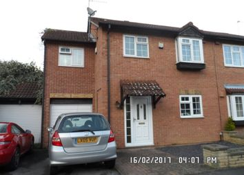 Thumbnail 4 bed property to rent in Moore Close, Cippenham, Slough