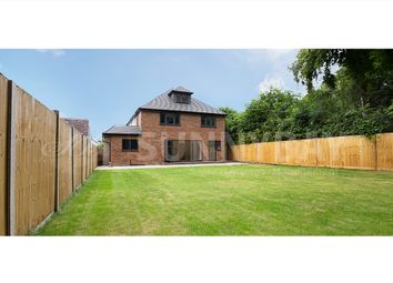 Thumbnail 6 bed detached house for sale in Fennels Way, Flackwell Heath