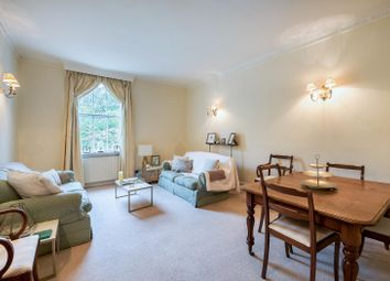 Thumbnail 2 bedroom flat for sale in Warwick Square Mews, London