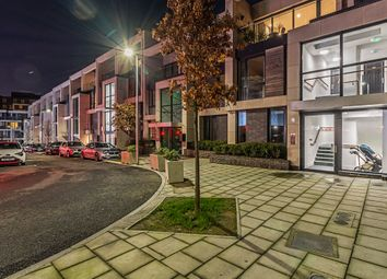 3 bed flat for sale in Hawthorne Crescent, London SE10