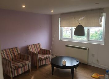 Thumbnail Studio to rent in Oaks Lane, Ilford