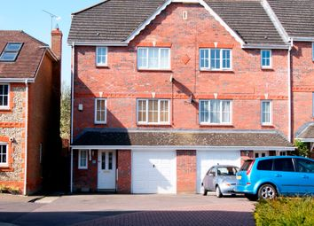 Thumbnail 4 bed town house to rent in Bronze Close, Beggarwood, Basingstoke