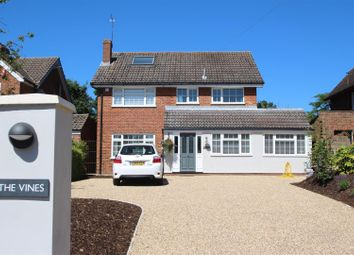 Thumbnail 5 bedroom detached house for sale in North Drive, High Cross, Ware