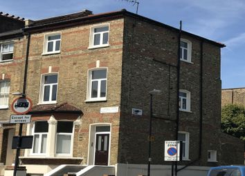 Thumbnail 1 bedroom flat to rent in Tufnell Park Road, London