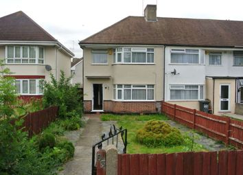 Thumbnail 3 bed flat to rent in Rochester Road, Gravesend, Kent