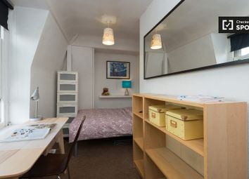 Thumbnail 2 bedroom shared accommodation to rent in Black Prince Road, London