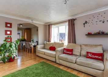 Thumbnail 1 bed flat to rent in Shelley Way, Wimbledon