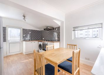 Thumbnail 3 bed flat to rent in Woodville Road, Thornton Heath