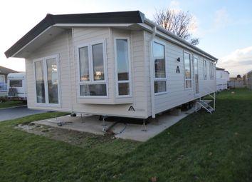 2 bed mobile/park home for sale in Golden Leas Park, Minster, Kent, 4Ja ME12