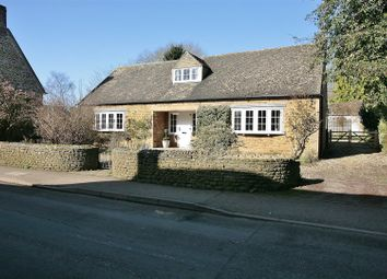 Thumbnail 3 bed detached bungalow for sale in The Old Wood Yard, Rope Way, Hook Norton, Banbury