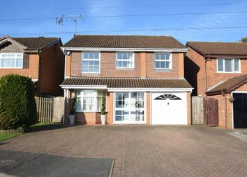 Thumbnail 4 bedroom detached house for sale in Ames Close, Luton