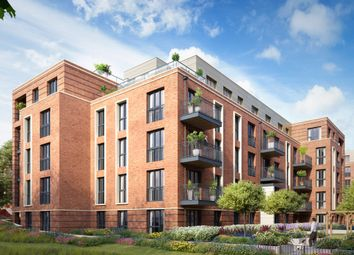 Thumbnail 3 bed flat for sale in West End Terrace, Winchester