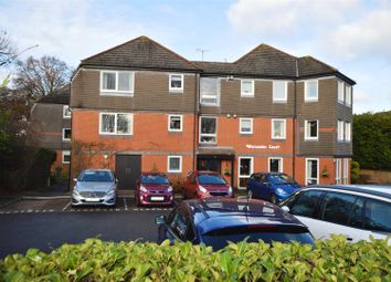 Thumbnail 2 bedroom flat for sale in Salisbury Road, Worcester Park
