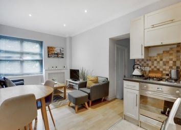 Thumbnail 2 bed flat to rent in Woodstock Road, Chiswick