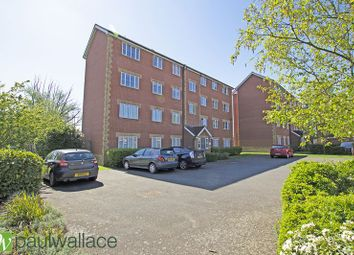 Thumbnail 2 bed flat for sale in Maltsters Lodge, Village Close, Hoddesdon