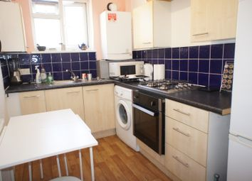 Thumbnail 3 bed flat to rent in Philpot Street, London