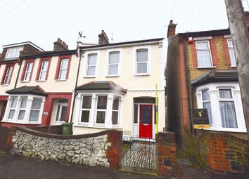 Thumbnail 4 bedroom end terrace house to rent in Glenwood Avenue, Westcliff-On-Sea