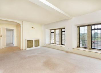 Thumbnail 3 bed flat to rent in Denne Park, Horsham