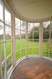 Thumbnail 6 bed farmhouse for sale in Vale Road, Chesham