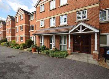 Heron Court, Ilford, Essex IG1. 2 bed flat