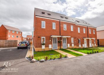 Allen Aldridge Grove, Stanway, Colchester CO3. 3 bed town house