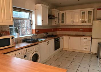 Thumbnail 6 bedroom terraced house to rent in The Drive, Hounslow