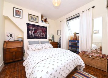 Thumbnail 1 bedroom flat for sale in Potters Road, New Barnet, Herts