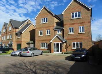 Thumbnail 2 bed flat to rent in Summer Court, Mill Lane, Sindlesham, Wokingham