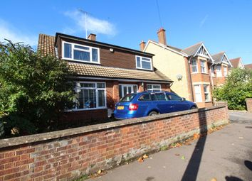 Thumbnail Property to rent in Bearton Avenue, Hitchin