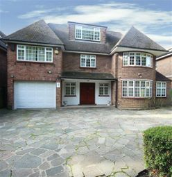 Thumbnail 6 bed detached house for sale in Arkley Lane, Arkley, Hertfordshire