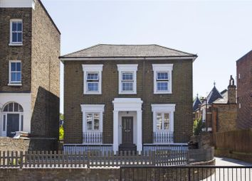 2 bed maisonette for sale in Kingsway Parade, Albion Road, London N16