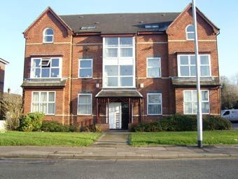 Thumbnail 1 bed flat to rent in Wilmslow Road, Withington