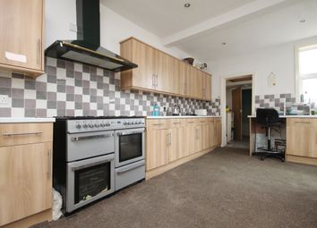 Thumbnail 5 bed terraced house for sale in Station Avenue, Filey