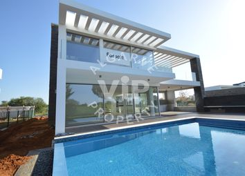 Thumbnail 4 bed villa for sale in Vilamoura, Almancil, Algarve