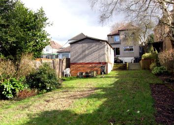 Thumbnail 4 bed detached house for sale in Gallows Hill, Kings Langley