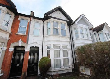 Thumbnail 2 bed flat to rent in Wimborne Road, Southend On Sea, Essex