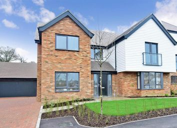 Thumbnail 5 bedroom detached house for sale in Chigwell Grove, Park View, Chigwell, Essex