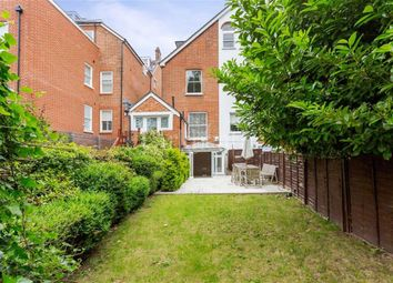 Thumbnail 3 bed flat to rent in Cleve Road, South Hampstead, London