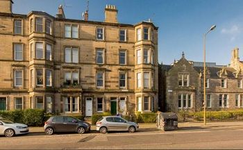 Thumbnail 2 bed flat to rent in Airlie Place, Edinburgh Available Now