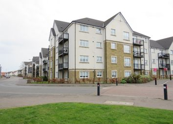 Thumbnail 2 bedroom flat for sale in Crown Crescent, Larbert