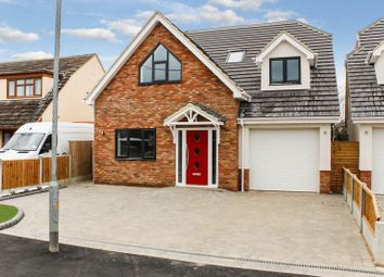 Thumbnail 4 bed detached house for sale in Fanton Walk, Wickford