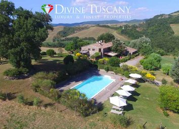 Thumbnail 2 bed country house for sale in Strada Del Monte Amiata, Pienza, Siena, Tuscany, Italy