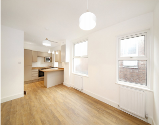 Thumbnail 3 bedroom flat for sale in Park Road, South Norwood London