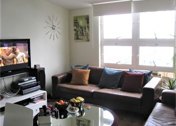 Thumbnail 1 bed flat to rent in Philpot Square, London