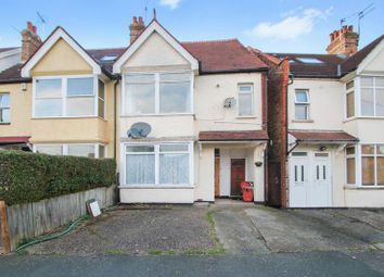 Thumbnail 2 bed flat to rent in Welldon Crescent, Harrow-On-The-Hill, Harrow