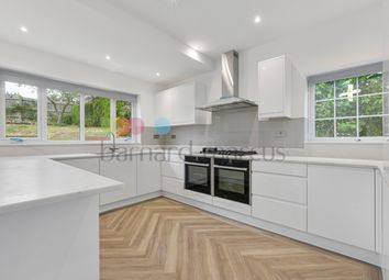 Thumbnail 4 bed flat to rent in Briton Hill Road, Sanderstead, South Croydon