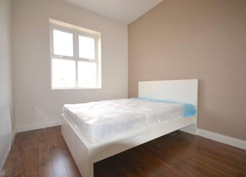 Thumbnail 1 bed flat to rent in St Johns Road, Clapham Junction, London