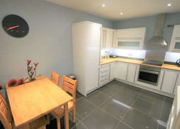 2 bed flat to rent in Wolseley Place, Meadowbank, Edinburgh EH8